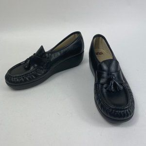 SAS Black Loafer Style with Tassels 7.5 W